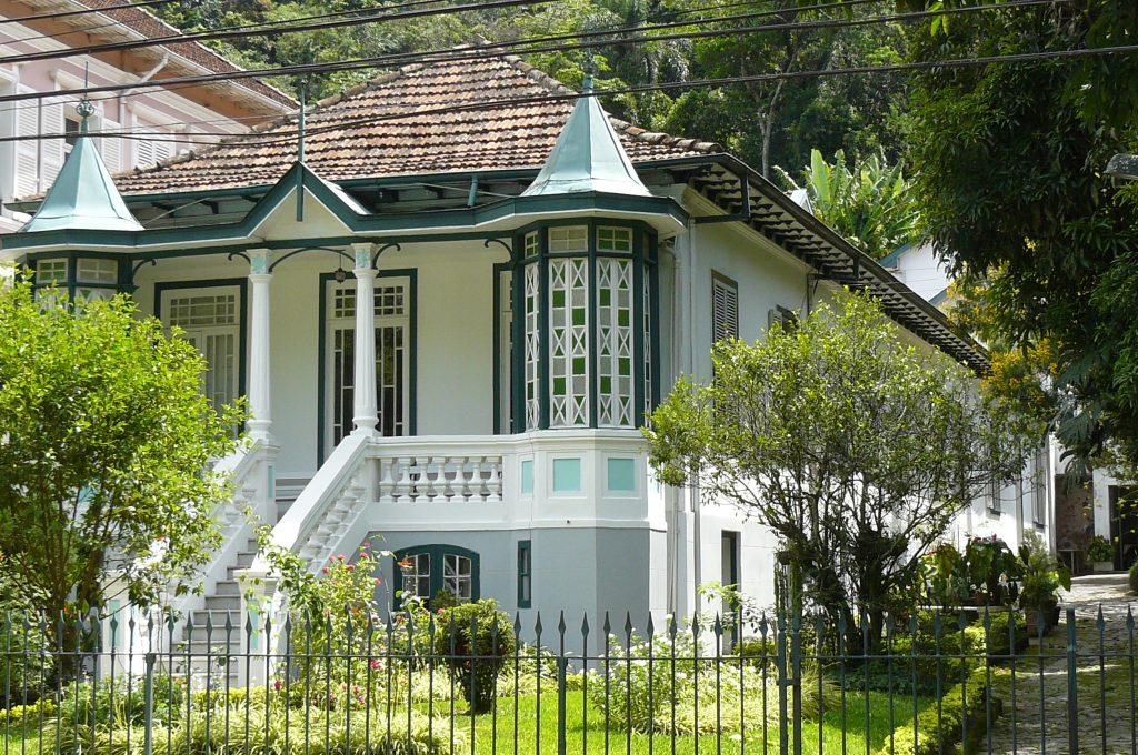 Petropolis Houses